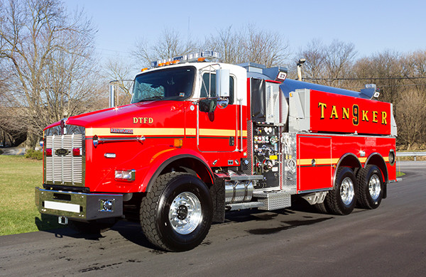 Dover Twp. FD - Pierce Kenworth Commercial Tanker Fire Truck - driver front