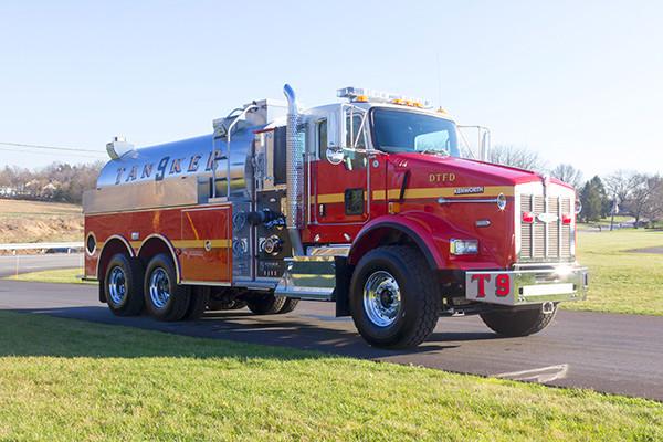 Dover Twp. FD - Pierce Kenworth Commercial Tanker Fire Truck - passenger front