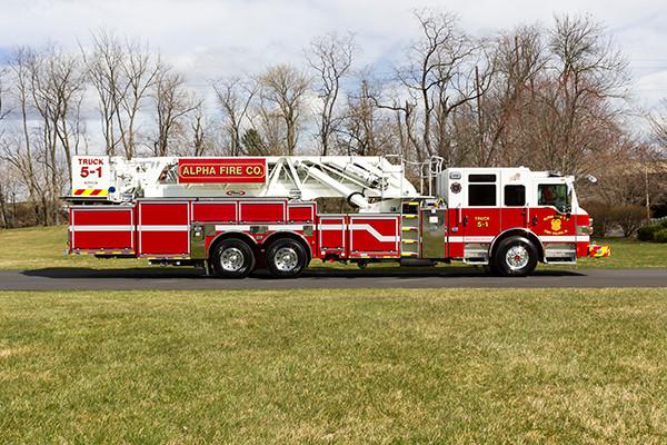 Fire Truck - 2016 Pierce Velocity Mid-Mount Aerial Platform - Alpha Fire Company - passenger side