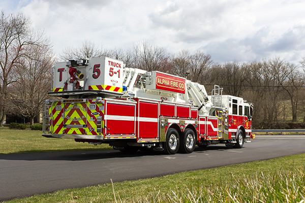fire truck - 2016 Pierce Velocity mid-mount aerial platform - Alpha Fire Company - passenger rear