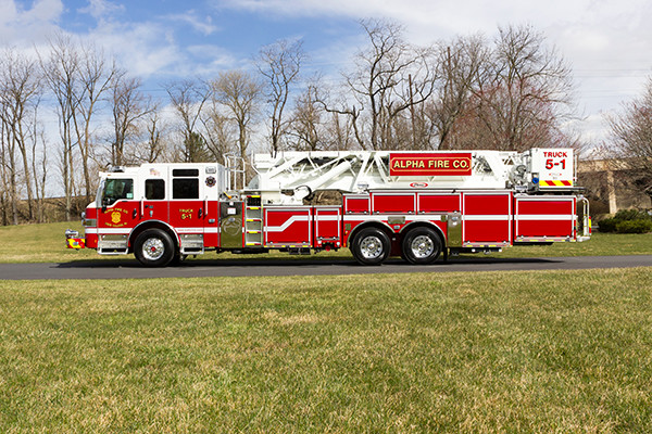 Fire Truck - 2016 Pierce Velocity Mid-Mount Aerial Platform - Alpha Fire Company - driver side