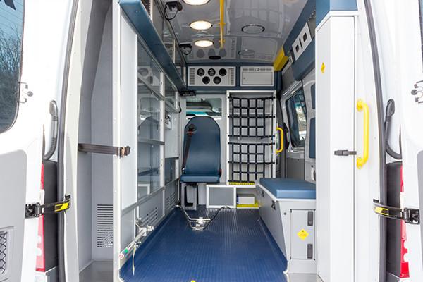 Hanover Twp - Demers EXE Type II Ambulance - rear interior