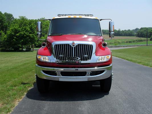 Fire Truck - 2011 Pierce International Dry Side Tanker - front