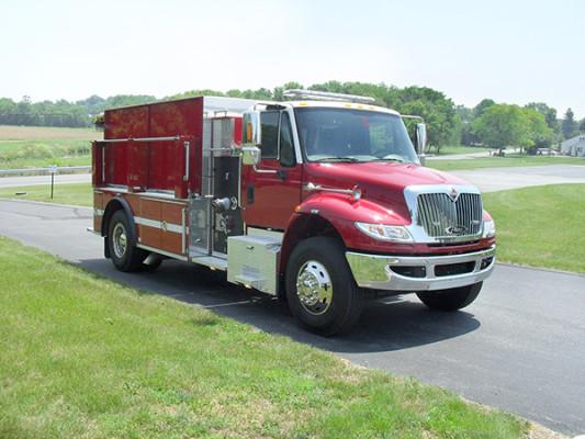 Fire Truck - 2011 Pierce International Dry Side Tanker - passenger front