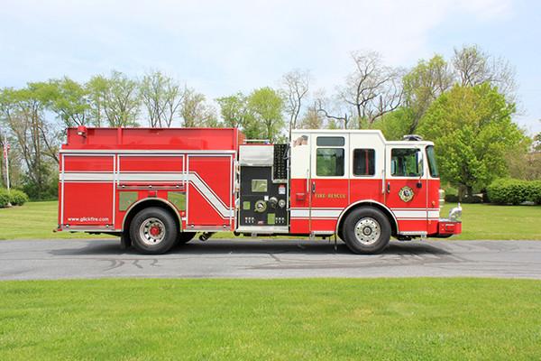 2014 Pierce Saber FR pumper - traditional fire engine - passenger side