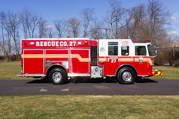 2015 Pierce Enforcer PUC pumper - fire engine - passenger side