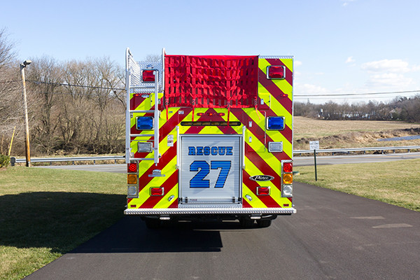 2015 Pierce Enforcer PUC pumper - fire engine - rear
