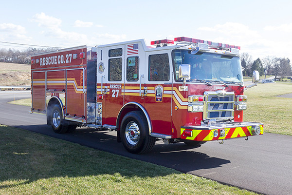 2015 Pierce Enforcer PUC pumper - fire engine - passenger front