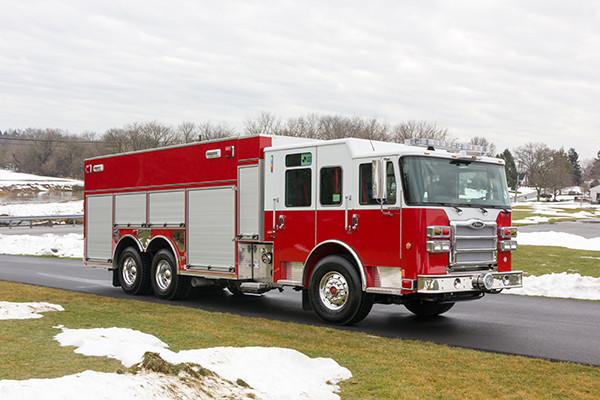 2016 Pierce Enforcer PUC Pumper Tanker - Fire Engine - passenger front
