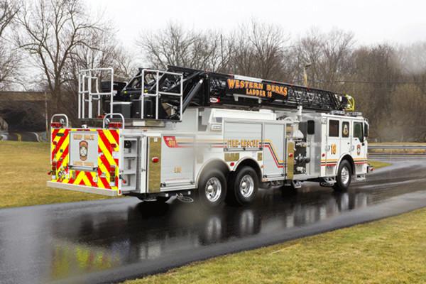 2016 Pierce Velocity Aerial Ladder - Ladder Fire Truck - passenger rear