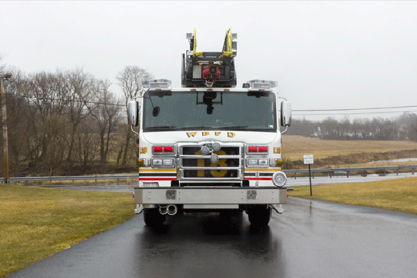 2016 Pierce Velocity Aerial Ladder - Ladder Fire Truck - front
