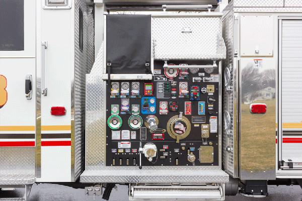 2016 Pierce Velocity Aerial Ladder - Ladder Fire Truck - pump panel