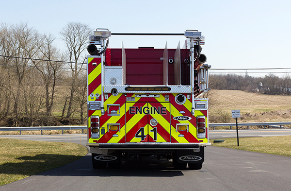 2016 Pierce Arrow XT pumper - fire engine - rear