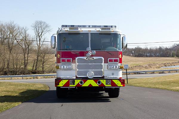 2016 Pierce Arrow XT pumper - fire engine - front
