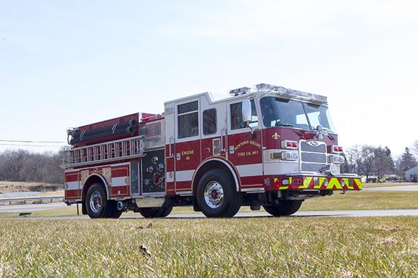 2016 Pierce Arrow XT pumper - fire engine - passenger front