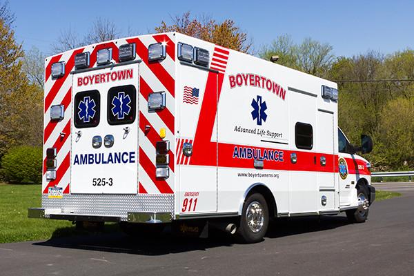 2016 Braun Chief XL type III ambulance - Chevy G4500 - passenger rear