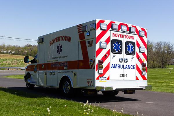 2016 Braun Chief XL type III ambulance - Chevy G4500 - driver rear