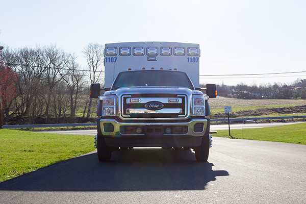 2016 Braun Express Plus Type I ambulance - Ford F450 4x4 - front