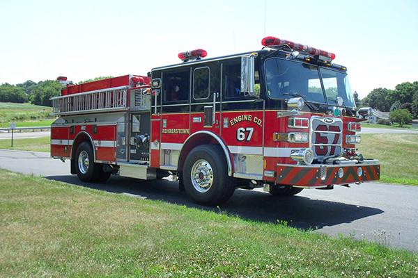 24348 Pierce Arrow XT pumper - Rohrerstown FC - passenger front
