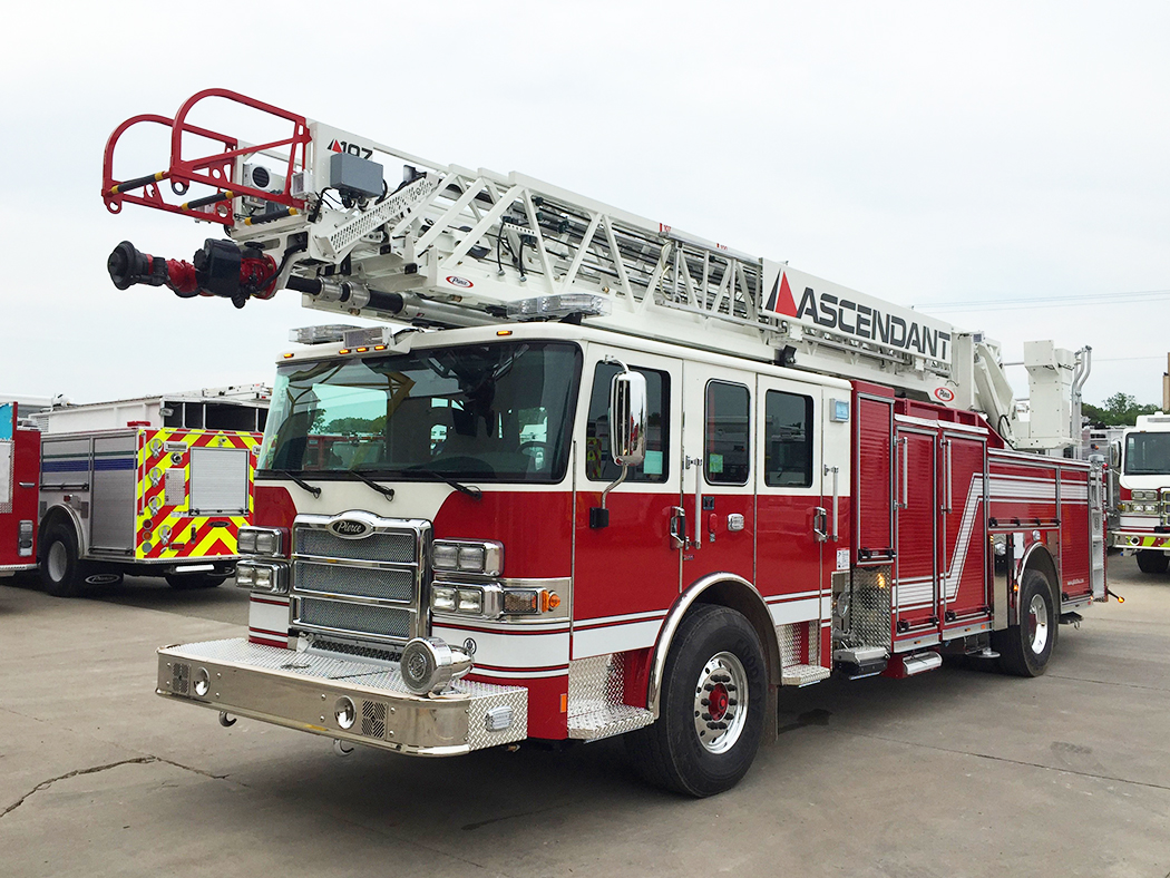 28589 Pierce Enforcer PUC Ascendant aerial ladder truck - Glick stock demo unit - 107' aerial