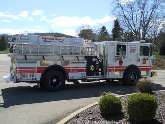 29322 Pierce Enforcer custom pumper - fire engine - passenger side