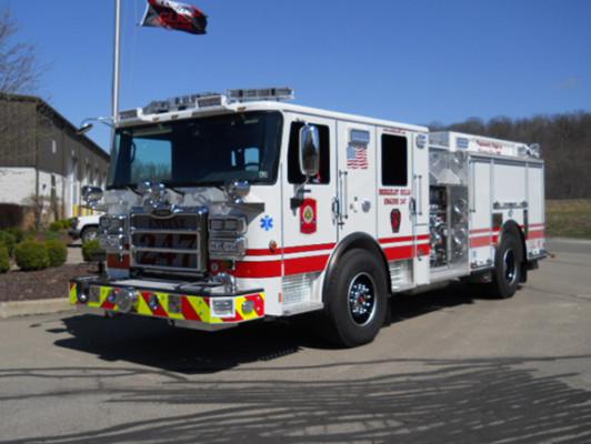 29322 Pierce Enforcer custom pumper - fire engine - driver front