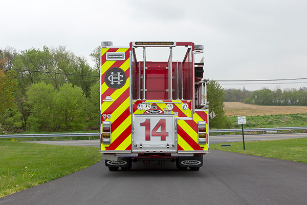 2016 Pierce Arrow XT custom pumper - fire engine - rear