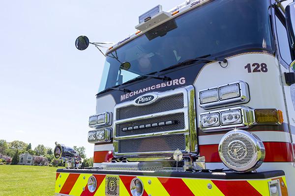 2016 Pierce Enforcer - pumper fire engine - front grill