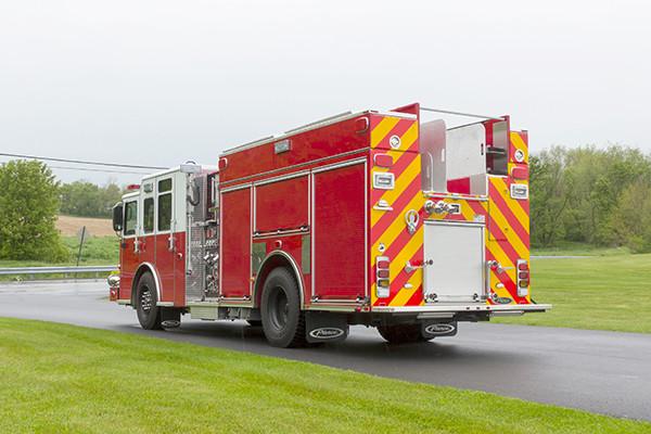 Pierce Saber FR pumper - fire engine - driver rear