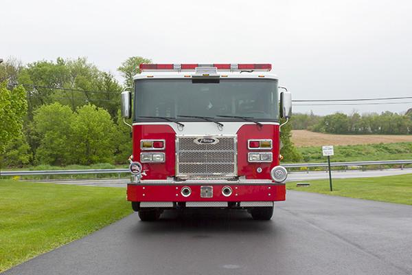 Pierce Saber FR pumper - fire engine - front