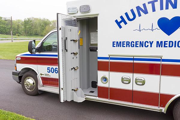 Braun Chief XL Type III ambulance - Huntingdon Ambulance Authority - EZ-O2 lift oxygen storage