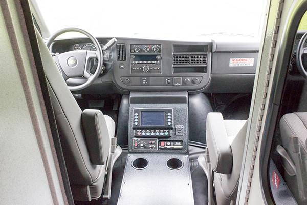 Braun Chief XL Type III ambulance - Huntingdon Ambulance Authority - cab interior