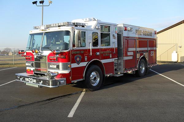 2010 Pierce Contender - PUC pumper fire engine - driver front