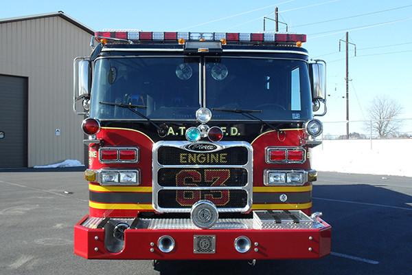 2010 Pierce Arrow XT - pumper fire engine - front