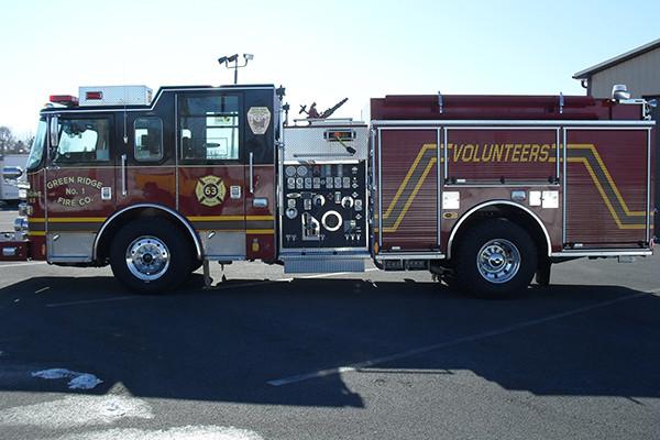 2010 Pierce Arrow XT - pumper fire engine - driver side