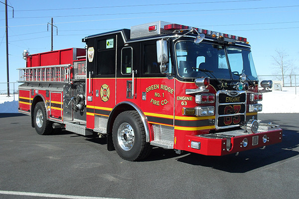 2010 Pierce Arrow XT - pumper fire engine - passenger front