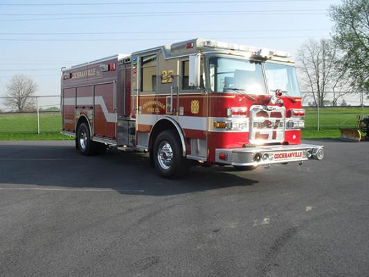 2010 Pierce Arrow XT - PUC rescue pumper - passenger front