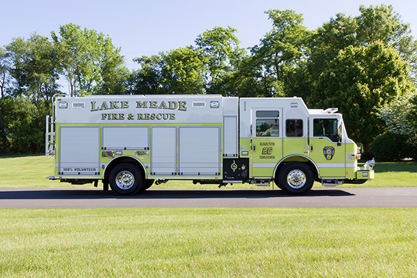 2016 Pierce Impel - PUC rescue pumper - passenger side