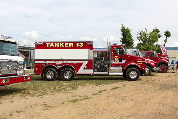 2016 Pierce Kenworth - commercial dry side tanker fire truck - passenger