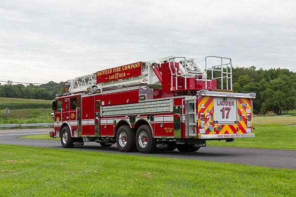 2016 Pierce Arrow XT - 105' heavy duty aerial ladder fire truck - driver rear