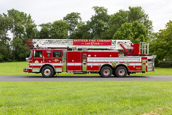 2016 Pierce Arrow XT - 105' heavy duty aerial ladder fire truck - driver side