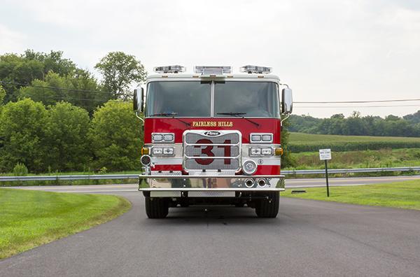 2016 Pierce Arrow XT - fire engine pumper - front