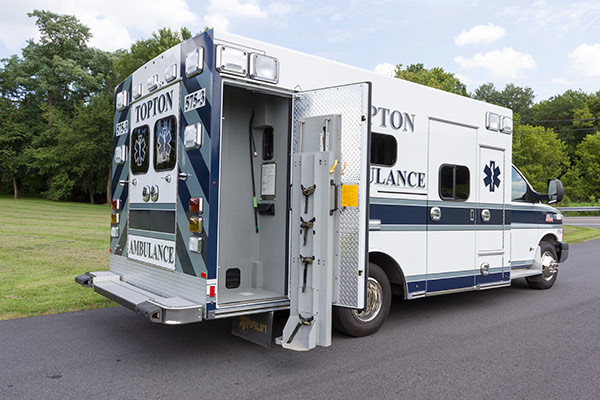 new ambulance sales - Braun Chief XL Type III - EZ-O2 oxygen lift