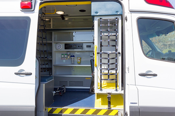 2016 Demers Type II ambulance - Mercedes Sprinter - interior side