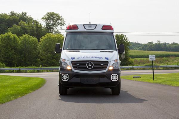 2016 Demers Mirage EXE Type II ambulance - Mercedes Sprinter - front