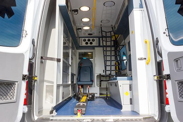 2016 Demers Mirage EXE Type II ambulance - Mercedes Sprinter - patient transport