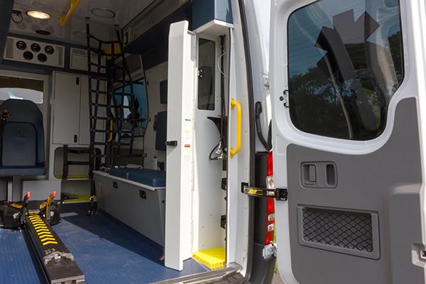 2016 Demers Mirage EXE Type II ambulance - Mercedes Sprinter - oxygen storage