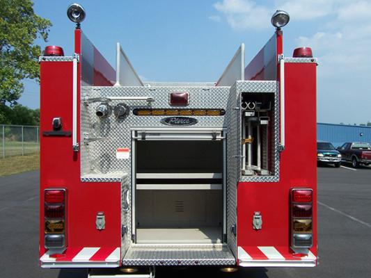 2009 Pierce Quantum - pumper fire engine - rear