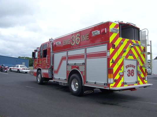 2009 Pierce Quantum - PUC rescue pumper - fire engine - driver rear