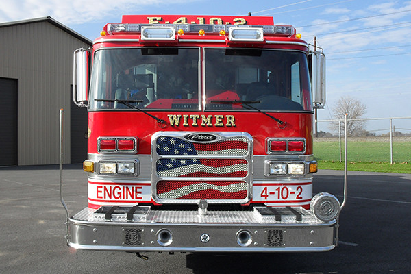 2010 Pierce Arrow XT pumper tanker - fire truck - front